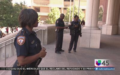 Amenaza de bomba en corte civil del condado Harris