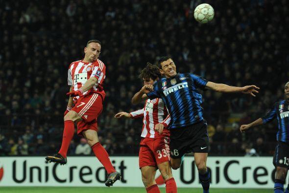 Bayern Munich visitó al aún campeón del torneo, Inter de Milán.