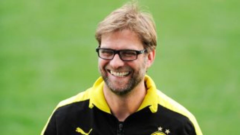 Klopp aseguró que seguirá al frente del Borussia Dortmund, pero agradeci...
