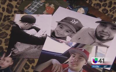 Un padre pide la ayuda de la comunidad de San Antonio para encontrar a l...