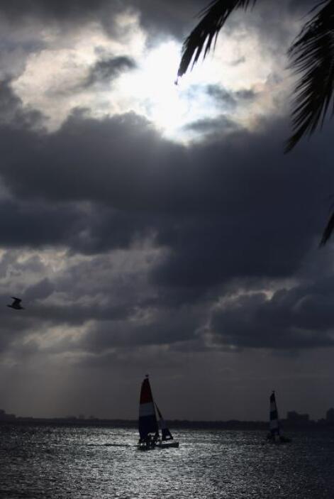 El huracán ocasiona fuertes lluvias en Bahamas, en Haití y República Dom...