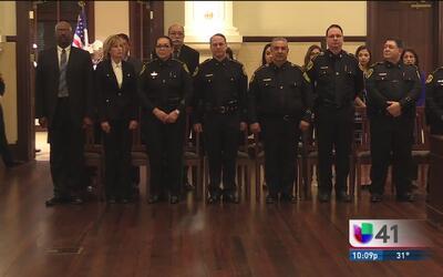 El nuevo sheriff del condado Bexar presentó a sus colaboradores