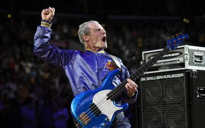 Flea, es co-fundador de los Red Hot Chili Peppers.
