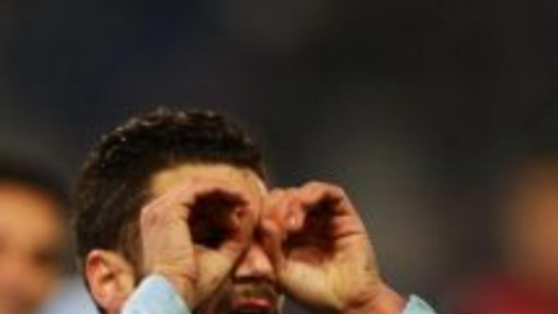 Antonio Candrevacelebra el gol del triunfo de Lazio.