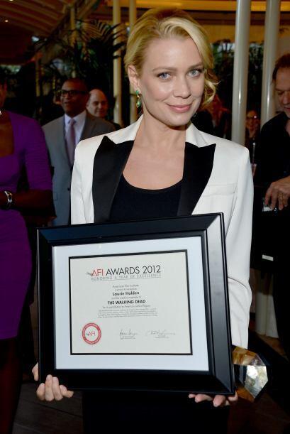 Para sorpresa de muchos, Laurie salió de la serie al final de la tercera...