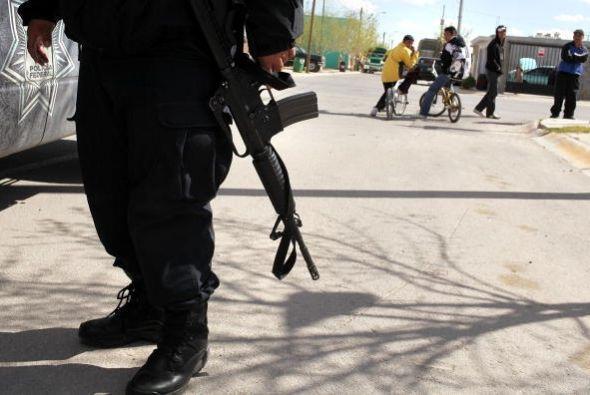 10 de marzo de 2009.- Un hombre armado mata a diez personas, entre ellas...