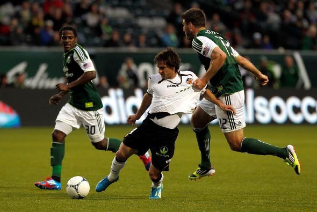 Pablo Piatti es de los pocos extremos que aún existen en el fútbol actua...