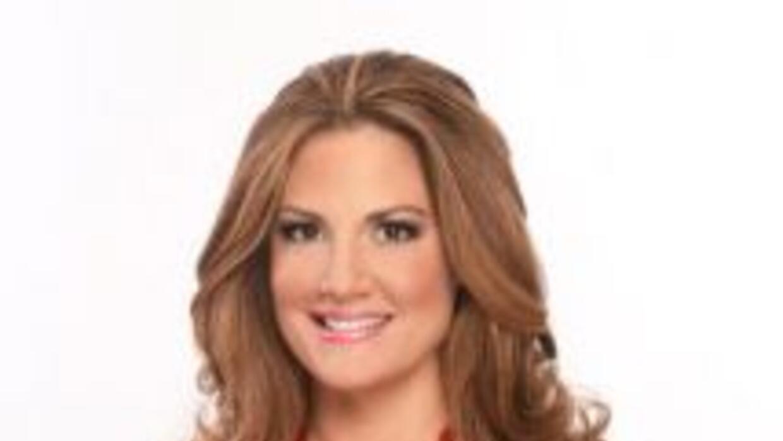 La presentadora de Univision 23 Eileen Cardet