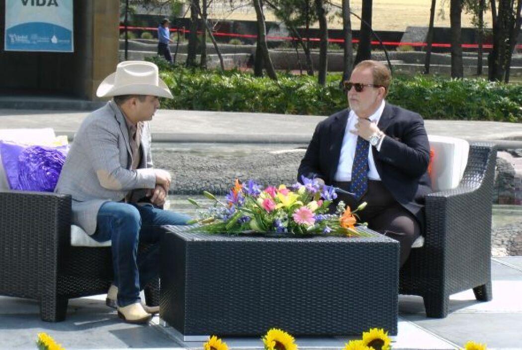 Ya en entrevista con Raúl de Molina, el cantante destacó la belleza del...