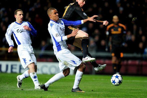 Por su parte, Torres seguía empeñado en estrenarse como goleador en su n...