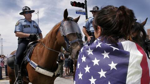 La SB4 permite a las policías locales cuestionar el estado migratorio de...