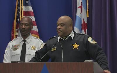 Policía de Chicago anuncia cambios a la política del uso de la fuerza