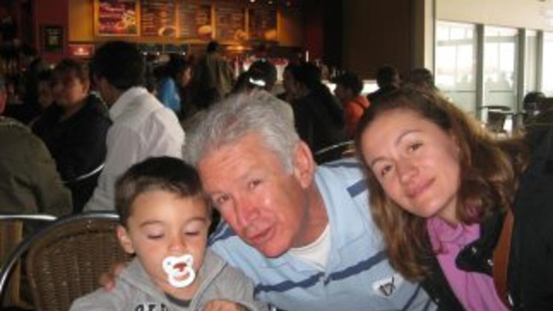 Paula Gómez con su papá Guillermo y su hijo Martín.