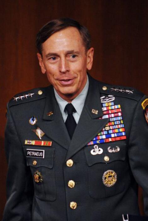 """Si bien pasó un año a su cargo, Petraeus ha """"comenzado a experimentar la..."""