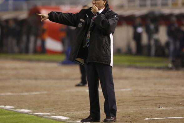 Juan José Verzeri es el encargado de llevar la batuta del selecci...