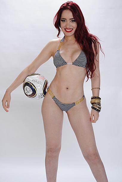 Si el compañero de balón tiene las piernas como a ella le...