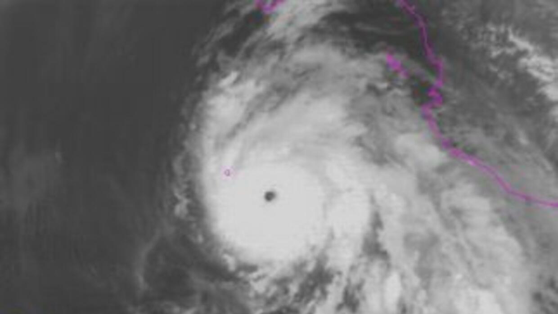 El huracán Dolores subió a categoría 4.