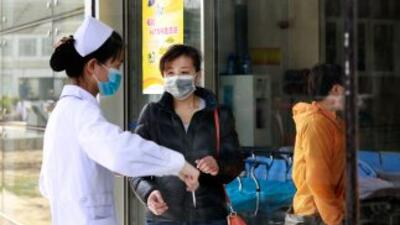 El virus de la gripe aviaria H7N9 se propagó a la provincia de Henan; me...