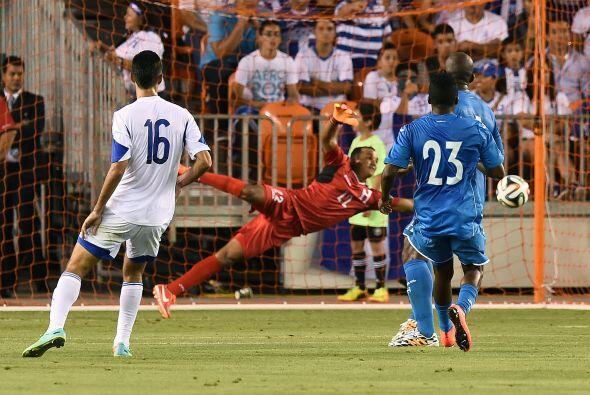 Fueron muchas las aproximaciones a gol por parte de Israel.