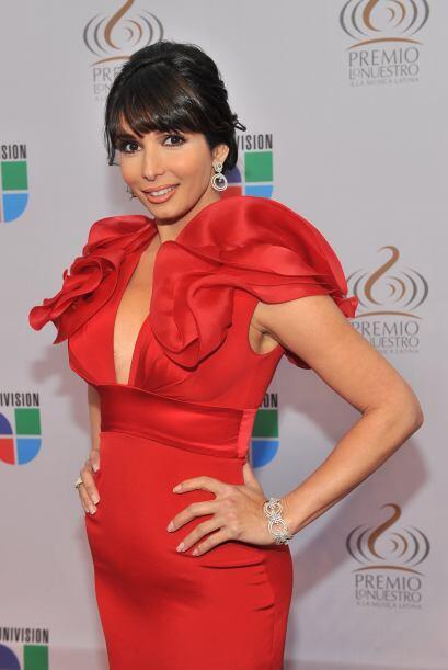 Lució impactante en Premio Lo Nuestro 2010.