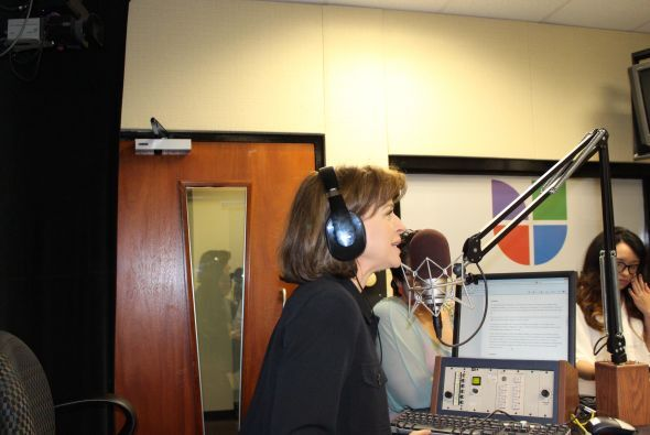 Helen dijo a los radio escuchas que buscaran en lo más hondo de sus bols...