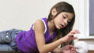 Los niños suelen quedar al margen de las discusiones sobre la economía d...