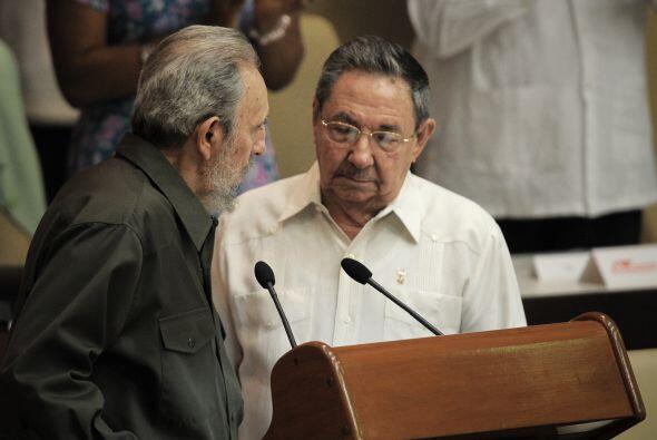 Desde entonces, Raúl Castro lleva la riendas políticas en la isla mientr...