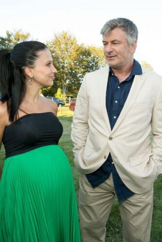 Alec Baldwin se casó con su instructora de yoga, la española Hilaria Tho...