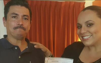 Inmigrante mexicano encontró cheque de al menos 600 dólares y los devolv...