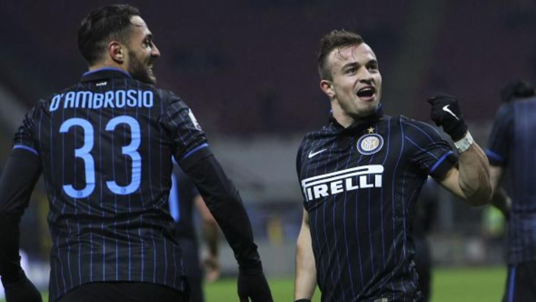 El crack suizo abrió el marcador para el Inter tras gran pase de Podolski.