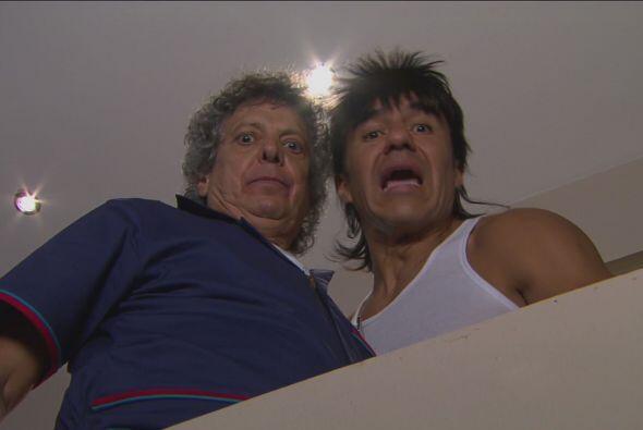 Don Chava llegó y la aventó por el balcón, pues dijo que estaba infectad...