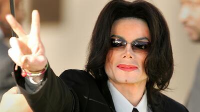 Michael Jackson revive y canta en los Premios Billboard