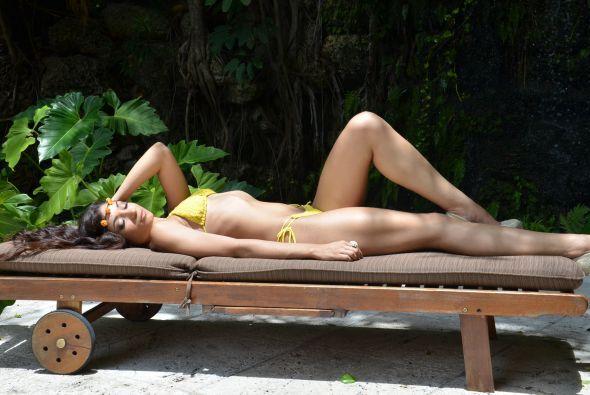 Bajo el sol sueña con convertirse en una modelo y acrtiz exitosa, recono...