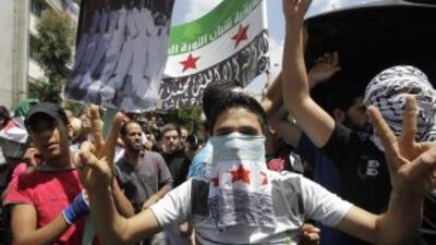 Los rebeldes del Ejército Libre Sirio (ELS) volvieron a enfrentarse a la...