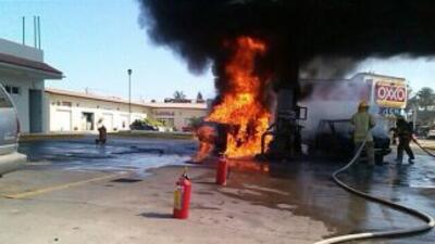 En los ataques del viernes, además de disparar al helicóptero militar,...