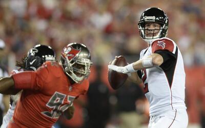 Los Falcons superaron a Buccaneers con estelar actuación de Matt Ryan