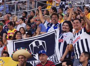 Aficionados al fútbol mexicano disfrutaron del encuentro en Austin.