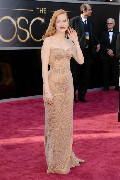 Una de las más ardientes fue Jessica Chastain, cuyo vestido de Gi...