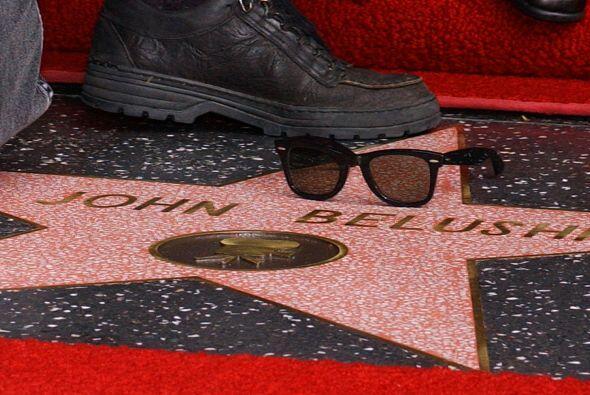 El hermano del también actor James Belushi murió también de sobredosis d...