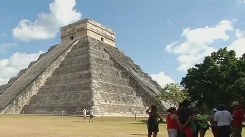 Descubren pequeña pirámide en el interior del templo de Kukulkán en Chic...