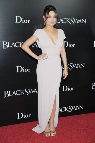 """Para la premiere de """"Cisne Negro"""" en Nueva York, Kunis lució como toda u..."""