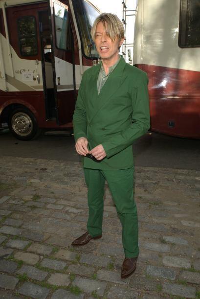 Sin embargo no nos olvidamos de sus viejos trajes, como este verde.