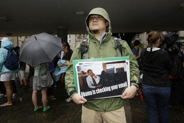 """""""Estamos aquí para agradecer el sacrificio que Snowden ha hecho para dar..."""