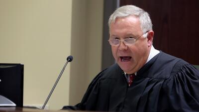 Juez en el caso de la masacre en Charleston pide por la familia de Roof