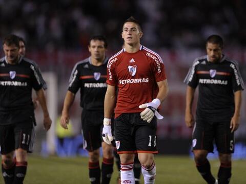 River cayó por 2-1 ante Vélez en un partido que ser&aacute...