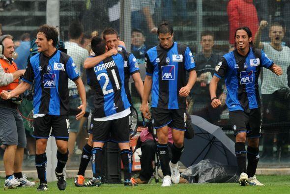 Y el Atalanta sí lo logró gracias a Denis, para la victoria por 1-0.