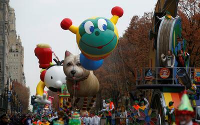 Más de 3 millones de personas asistieron al tradicional desfile de Macy'...
