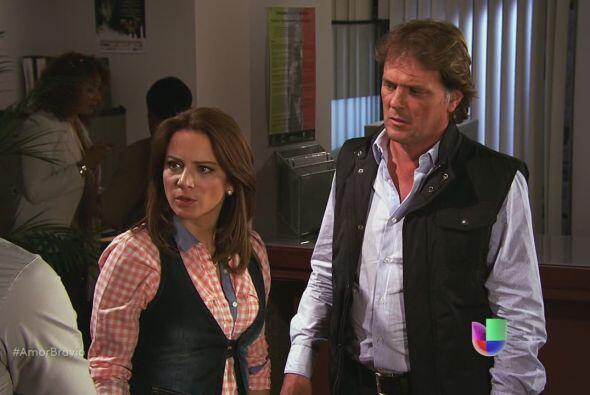 Pablo les anuncia a Camila y Mariano que ha dejado La Malquerida porque...