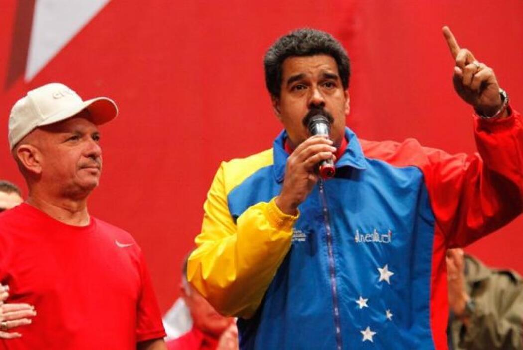 """""""Nos hiciste sufrir, oíste"""", le dijo Maduro al cónsul que habían designa..."""