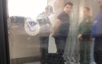 Arrestan a José Antonio Vargas en McAllen, Texas